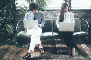 なぜブログとWEBサイトのハイブリッド型なのか?